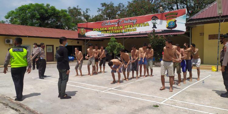 Cegah Covid-19 Tahanan RTP Polsek Helvetia Berjemur dibawah Terik Matahari