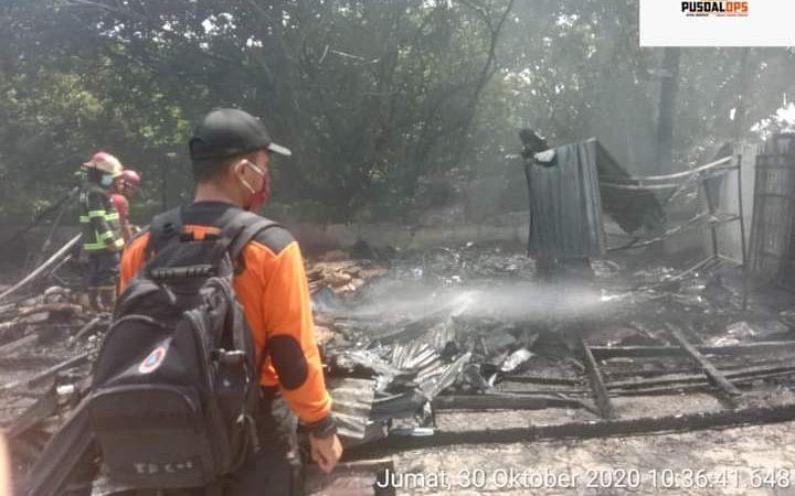 Tempat Penyimpanan Helm Terbakar Di Medan
