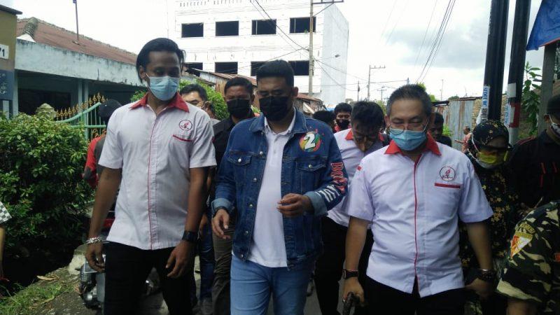 Bobby Bersama Reborn, Pengurus TMP Medan dan DPC PDI Perjuangan Medan Timur  Kunjungi Pasar Durian