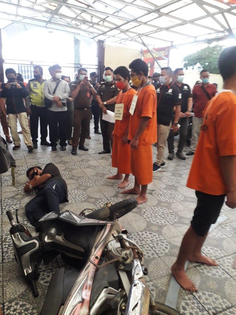 Polres Samosir Gelar Rekonstruksi Pembunuhan Rianto Simbolon