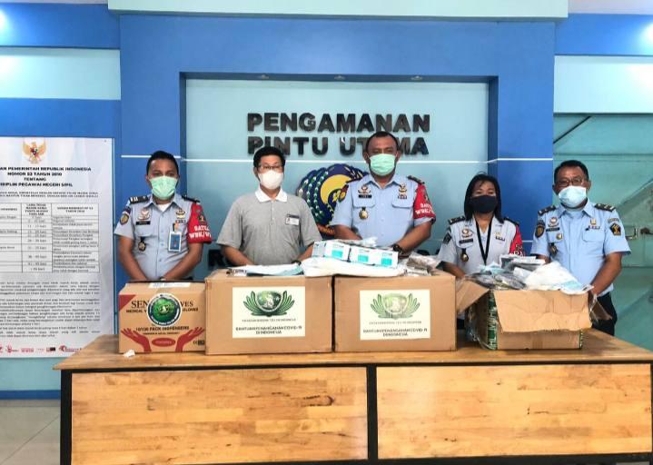 Yayasan Buddha Tzu Chi Beri Bantuan APD Covid-19 ke Rutan Kelas I Tanjung Gusta