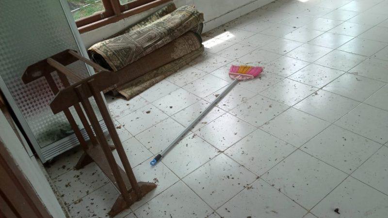 Miris, Musholla SMP Negeri 5 Tualang Kotor Dan Tak Terurus