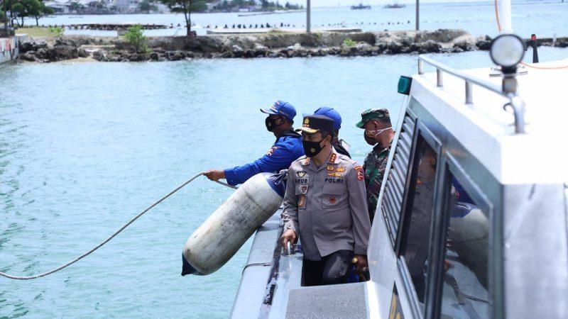 Kabaharkam Polri Mengecek Langsung Proses Pencarian Korban Pesawat Sriwijaya Air SJ 182