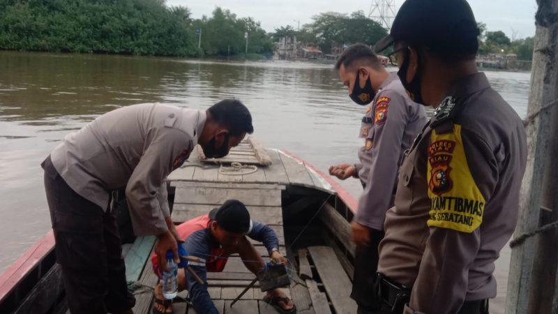 Terjatuh Saat Di Sampan, Warga Perawang Ini Dikabarkan Tenggelam