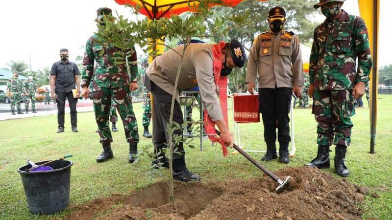 Kapoldasu dan Pangdam I/BB Kunjungi Batalyon Infanteri-122/TS