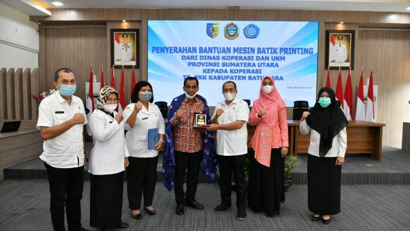 Zahir Sambut Kunjungan Dari Dinas Koperasi Dan UMKM Provsu Dalam Penyerahan Bantuan Alat Mesin Batik Printing
