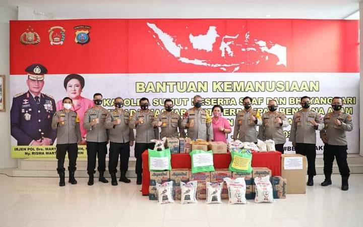 Kapolda Sumut Serahkan Bantuan Kemanusiaan  Kepada Korban Rencan di Sulawesi dan Kalimantan