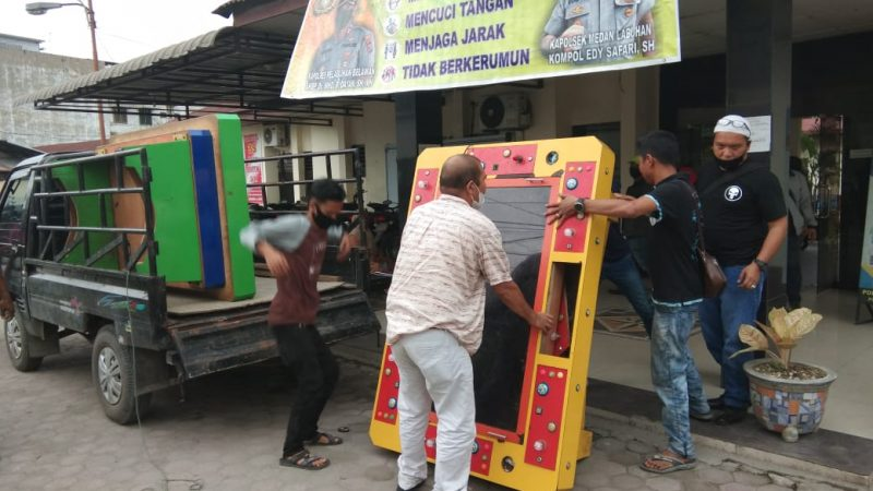 Kapolsek Medan Labuhan Pimpin Penggerebekan Lokasi Judi Tembak Ikan