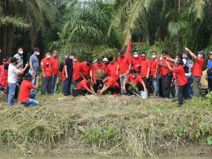 Gerakkan Cinta Lingkungan, DPC PDI Perjuangan Batu Bara Tanam Ribuan Pohon