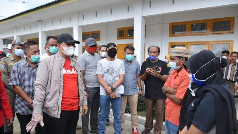 Zahir Kunjungi Imigran Gelap di Posko Karantina RSUD Batu Bara