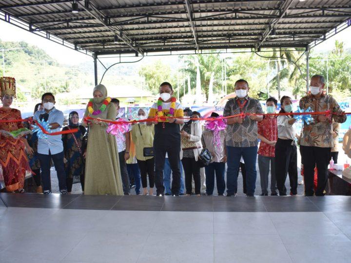 Bupati Tapteng Hadiri Peresmian Grand Opening MELA BAY Cafe and Resto di Kecamatan Tapian Nauli