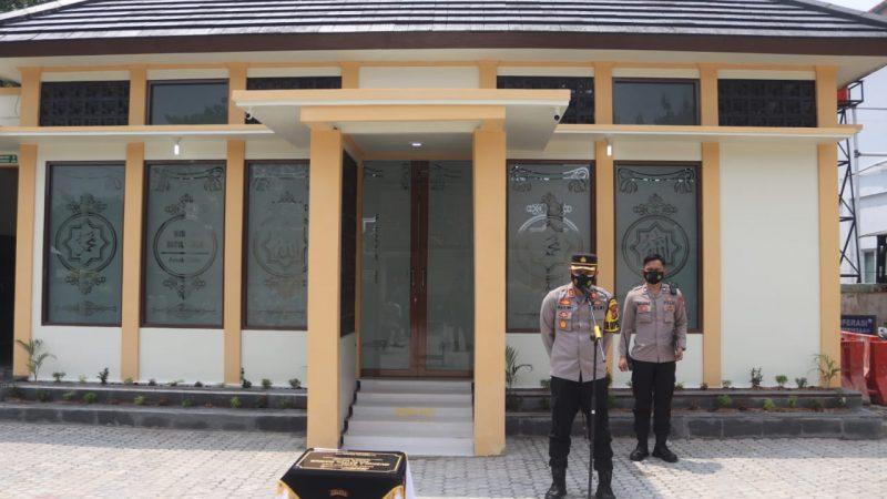Tingkatkan Sarana Religi, Kapolres Purwakarta Resmikan Mushola Baetul Makmur