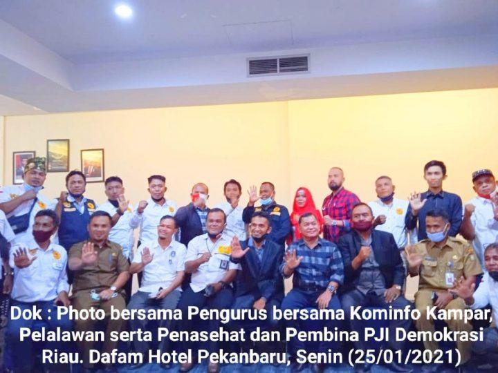 Tokoh Pers Riau, Penasehat dan Pembina, Siap Dukung Program PJI-Demokrasi Riau