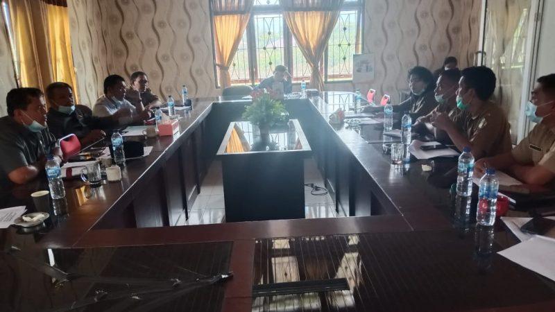 Dinas Kominfo Samosir Raker dengan Komisi III DPRD