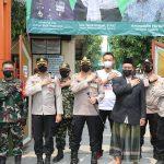 Kapolresta Tangerang Tinjau Pelaksanaan Vaksinasi di Ponpes Harokatul Yamani